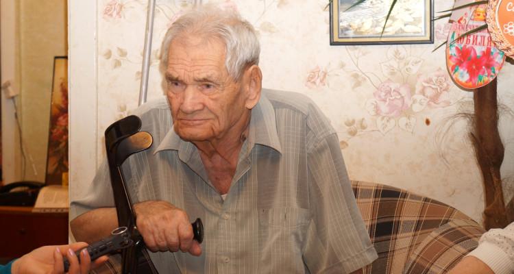 99-річний новодністровець Федір Харлампієвич Моргуненко,