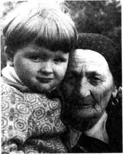 Настуня Шумейка з правнуком Тарасом