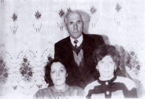 Іван Гнатюк, Оксана Сисин та Ольга Яворська с. Тур'є, 1996 р.