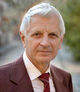 Богдан Дячишин – к. т. н., доцент, член Української асоціації письменників.