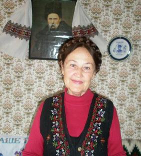 Богдана Процак у світлиці «Просвіти» в Севастополі. 2010-ті роки.