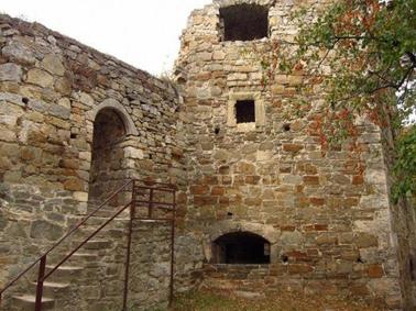 На світлинах: Теребовлянський замок.